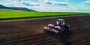 Growth Continues: Latest Ag Tractor and Combine Sales Report