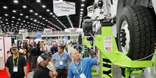 How to Build a Safe (and Effective) Trade Show Floor Equipment Demo