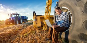 Report Highlights Equipment Manufacturers' Support for Farmers' Right to Repair