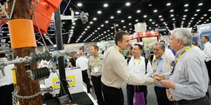 5 Ways Exhibitors Can Keep Trade Show Attendees Engaged