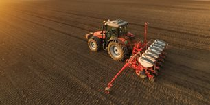 5 Takeaways From AEM's January Ag Tractor and Combine Reports