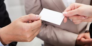 The Booth Mom: Why a Business Card Is NOT a Lead