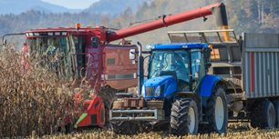 Share These 15 Safety Best Practices With Ag Equipment Operators