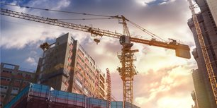 OSHA Announces Delay of Crane Operator Evaluation Documentation Requirement